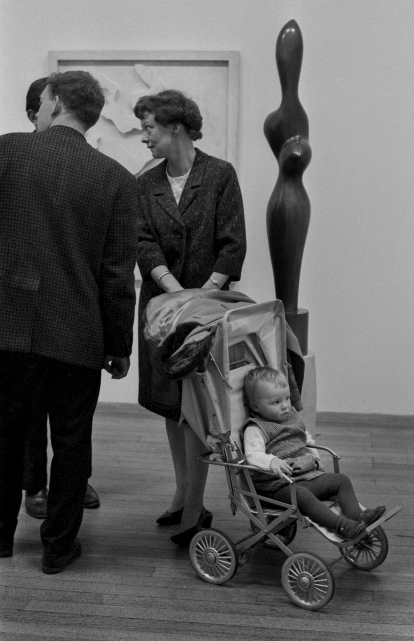 Henry Moore show toddler
