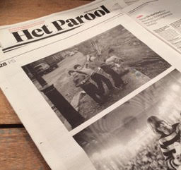 Article about the exhibition 'John Hopkins: The 60's Through the Eyes of a Revolutionary'  in a June 2017 edition of Dutch newspaper Het Parool