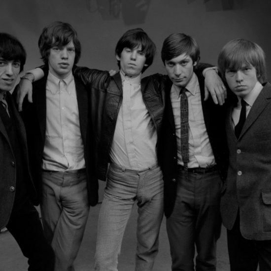 The Rolling Stones in the photographic studio. L-R: Bill Wyman, Mick Jagger, Keith Richards, Charlie Watts, Brian Jones